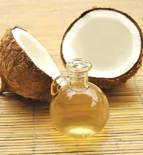 Kokosovo ulje je dobar izvor MCT ulja te je odlično u kombinaciji s CBD uljem