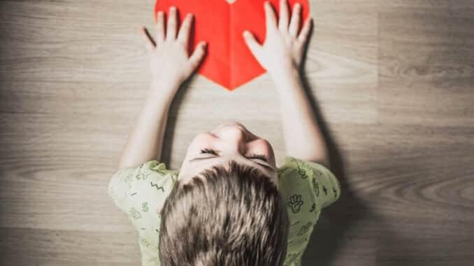 CBD ulje za autizam može biti korisno kod liječenje simptoma auzitma u djece