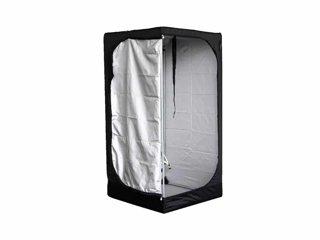 Mammoth Lite 80 može zadovoljiti i one koji zahtjevaju nešto veći growbox uz veću cijenu